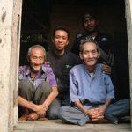 Kakek Surya,  Butuh Rumah Layak